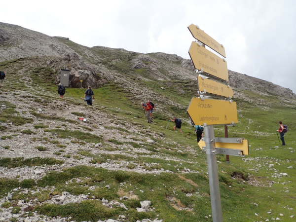 Photograph of Walking Route - Image 38